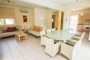 Villa Florie, Vily  Protaras - big - 51