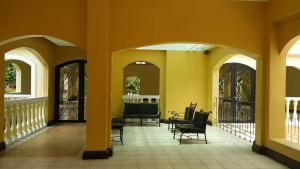 Chateau Elysee Condo Unit - Vendome, Apartments  Manila - big - 109