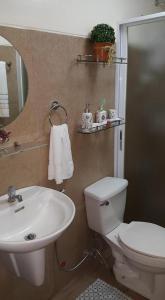 Chateau Elysee Condo Unit - Vendome, Apartments  Manila - big - 25