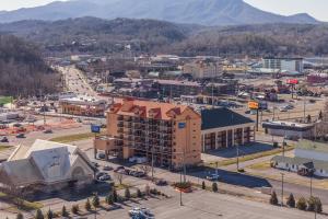 Mountain Vista Inn & Suites, Hotels  Pigeon Forge - big - 40