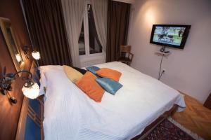 Halvat Hotel - фото 23