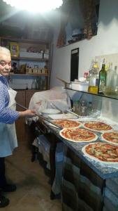 La Taverna del Roero, Apartments  Santa Vittoria d'Alba - big - 14