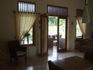 Guesthouse Rumah Senang, Гостевые дома  Kalibaru - big - 50