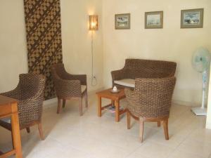 Guesthouse Rumah Senang, Гостевые дома  Kalibaru - big - 13