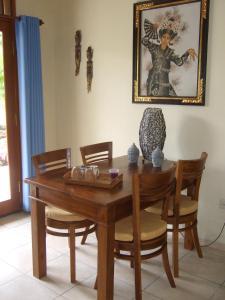 Guesthouse Rumah Senang, Гостевые дома  Kalibaru - big - 11