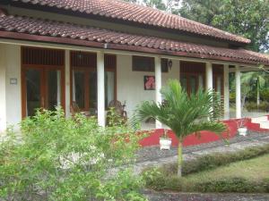 Guesthouse Rumah Senang, Гостевые дома  Kalibaru - big - 56