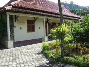 Guesthouse Rumah Senang, Гостевые дома  Kalibaru - big - 64
