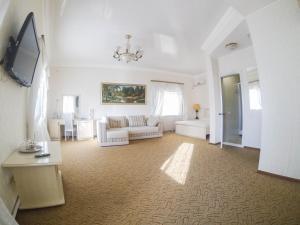 Отель Galian
