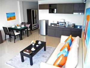Patong Bay Hill 1 bedroom Apartment, Appartamenti  Patong Beach - big - 6