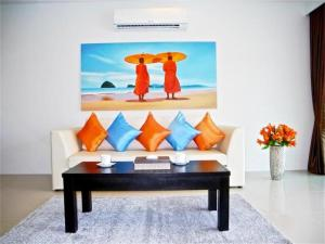Patong Bay Hill 1 bedroom Apartment, Apartmanok  Patong-part - big - 11