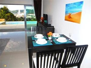 Patong Bay Hill 1 bedroom Apartment, Apartmanok  Patong-part - big - 20