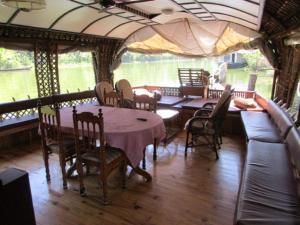 Swasti house boat 5