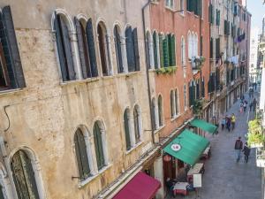 Apartment Gondola Di Rialto Due
