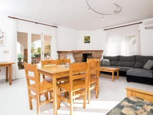Holiday Home Amfora Muns, Prázdninové domy  Sant Pere Pescador - big - 22