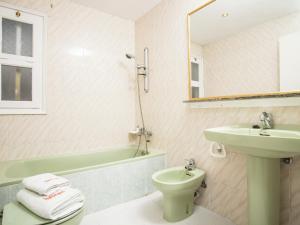 Holiday Home Amfora Muns, Prázdninové domy  Sant Pere Pescador - big - 7