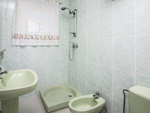 Holiday Home Amfora Muns, Prázdninové domy  Sant Pere Pescador - big - 9