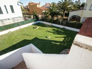 Holiday Home Amfora Muns, Prázdninové domy  Sant Pere Pescador - big - 2