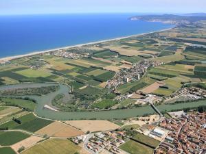 Holiday Home Amfora Muns, Prázdninové domy  Sant Pere Pescador - big - 11