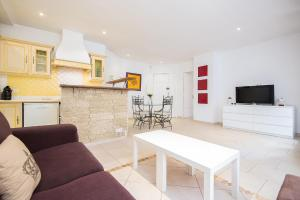 Wonderful one bedroom in the heart of Cannes