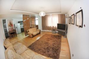Апартаменты AHome 76 на Хусаинова - фото 9