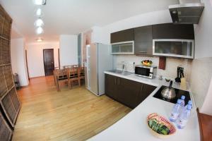 Апартаменты AHome 76 на Хусаинова - фото 7