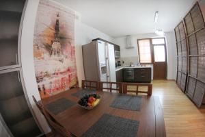 Апартаменты AHome 76 на Хусаинова - фото 5
