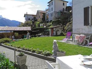 Alla Spiaggia, Apartmány  Pianello Del Lario - big - 1