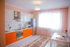 Апартаменты AHome 10 на Бальзака, Алматы