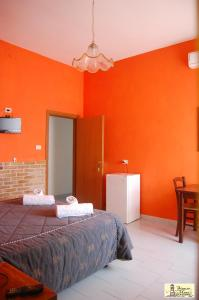 Stanze sul Mare B&B, Bed and Breakfasts  Salerno - big - 3