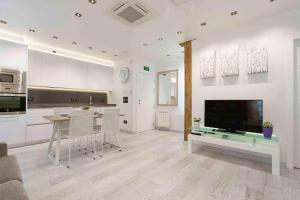 The Rentals Collection | Ondarreta Beach