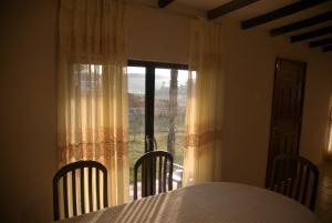 Gregory Lake Inn, Inns  Nuwara Eliya - big - 9