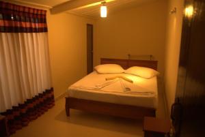 Gregory Lake Inn, Inns  Nuwara Eliya - big - 11