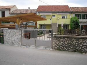 One-Bedroom Apartment in Jadranovo I