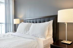 Atlas Suites Furnished Apartments- Rogers Center, Downtown Toronto, Apartmány  Toronto - big - 20
