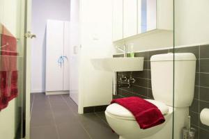 220 Spencer Apartment, Apartments  Melbourne - big - 8