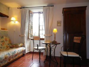 La Rouquette Marcoux, Dovolenkové domy  Beauville - big - 42