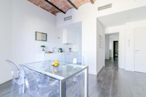 Deco Apartments – Diagonal, Ferienwohnungen  Barcelona - big - 28