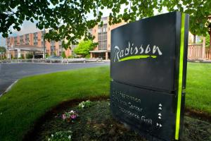 Radisson Hotel and Suites Chelmsford-Lowell
