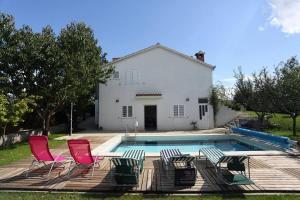 Holiday Home Cista Provo 11431