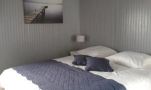 Chambres d'Hôtes Entre Deux Rives, Отели типа «постель и завтрак»  Онфлер - big - 3
