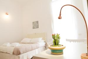 Intalloi, Bed & Breakfasts  Noto - big - 1