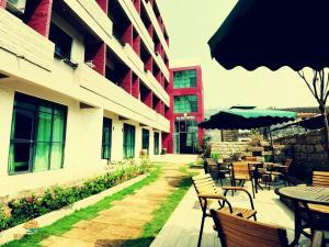 Beihai Weizhou Island Xiazhi Sunshine Seaview Hotel