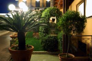 Hotel Ristorante Donato, Hotely  Calvizzano - big - 55