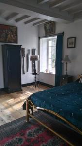 Demeure de Villiers, Bed and Breakfasts  Coudeville - big - 47