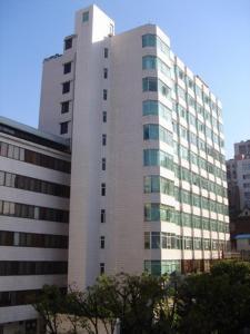 Five Rams City Hotel