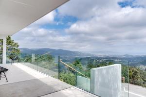 Magnificent contemporary villa Esterel Massif, Villen  Fréjus - big - 38
