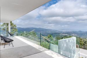 Magnificent contemporary villa Esterel Massif, Villen  Fréjus - big - 31