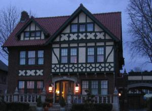 Nearby hotel : Barrington Manor Bed and Breakfast