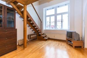 Apartment Pštrossova 16