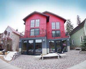 22, Apartments  Whitefish - big - 41